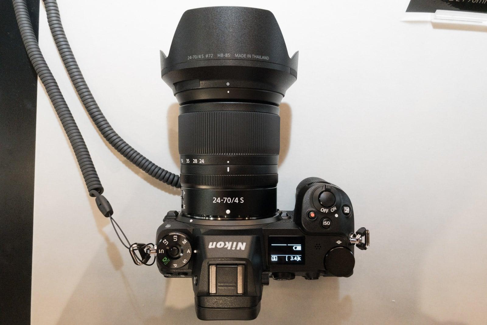 Nikon Z7の沈胴式レンズ