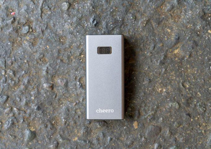 iPhone XSを3回フル充電できるアルミ製ボディの小型モバイルバッテリー『cheero Power Plus 5』レビュー