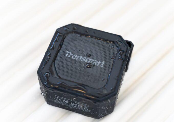 USB Type-C充電に対応したIPX7防水Bluetoothスピーカーをレビュー。音質とAndroidでの利用時に難あり