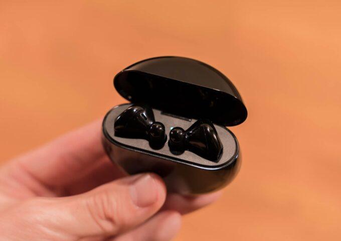 開放型でノイズキャンセリングを実現した装着感良好なワイヤレスイヤホン『FreeBuds 3』レビュー【PR】