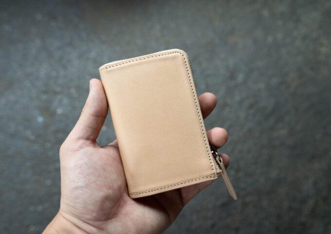 ファスナー付き・コンパクトな本革財布『PRESSo L』が到着!秒で開けてファーストインプレッション