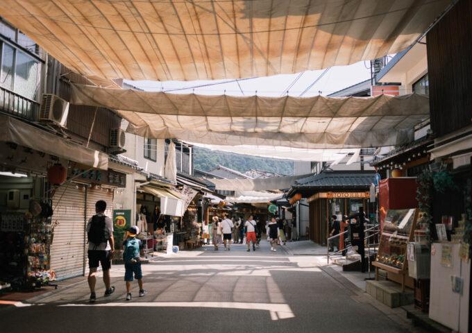 初の広島、初の宮島。まだ見ぬ風景を求めて西へ向かう旅路 | 旅と宮島【PR】