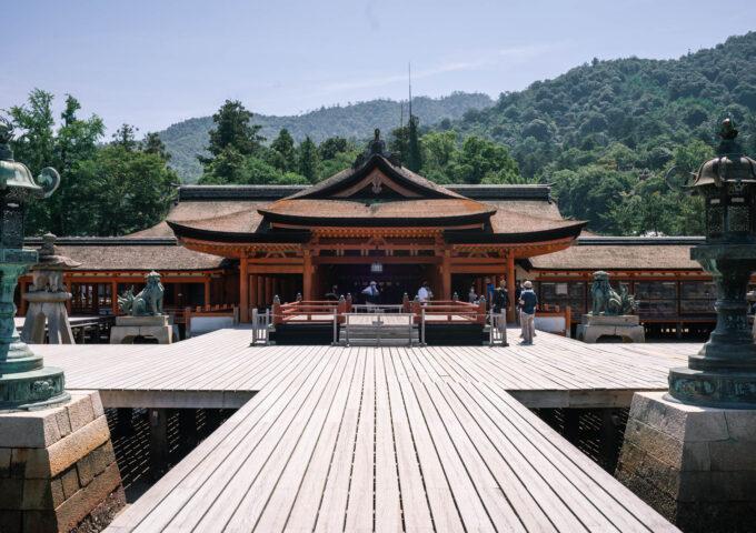 神社、仏像、それから水族館。夏真っ盛りの宮島を1日観光する | 旅と宮島【PR】