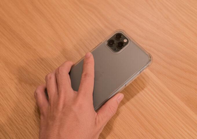 持ちやすさも見た目も大満足!CASEFINITEのiPhoneケース『Frost Pro』レビュー【PR】